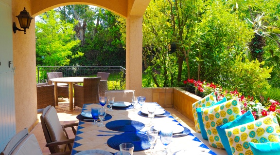 Terrace dining areas